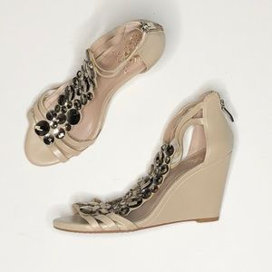 Vince camuto jeweled wedges 6 1/2